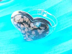 Golden chips black heart handcrafted glass bangle