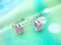 chook earring with pink cz