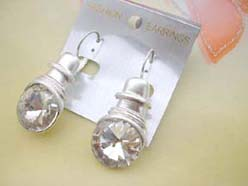 dangle earring with cubic zirconia