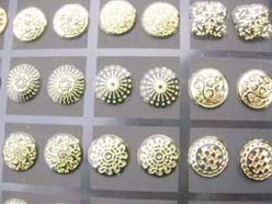 fashion-studs-earring-gold-tone-6d