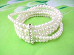 5 rows faux pearl stretch bracelet, white, cz long spacer