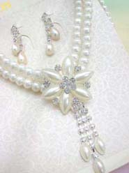 cz rhinestone and pearl jewelry set for brides, flower girls, and bridesmaids