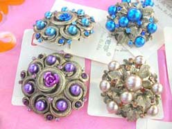 victorian-style-pins-brooches-002-2
